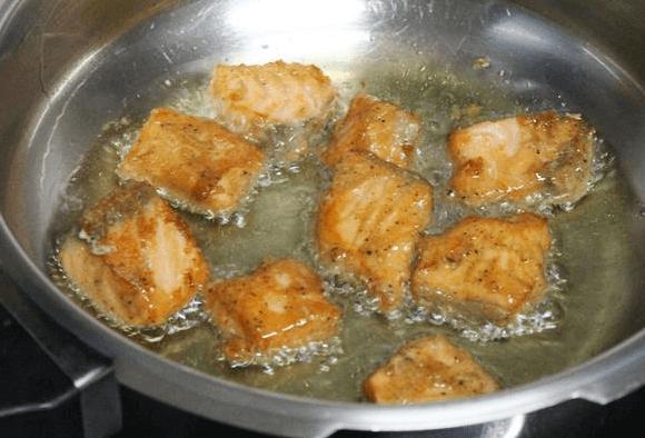 deep fry fish cubes