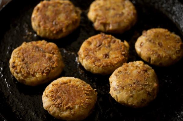 Fry Galouti kebabs